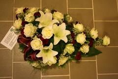 nro 12 Ruusu, lilja, neilikka ja harso