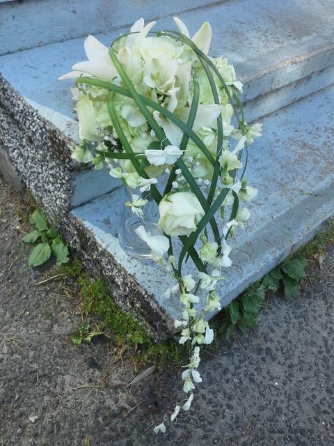 ruusu, neilikka ja lilja