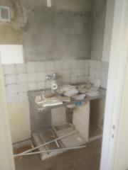Yksiön keittiön purku ja uuden rakentaminen