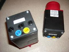 Kolmivaiheadapterit 16A Ja 32A/400V.Joilla voi mitata vaihekohtaisesti kolmevaiherasia mittaukset!Banaaliittimet joihin voi kytkeä normaalit suojatut johdot.esim Asennustestereistä!