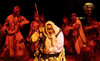 mestaritonttu prinssi yönsilmä aki pelkonen, oulun kaupunginteatteri, ohjaus Minna Nurmelin, Puvut Reija Laine, lavastus Annukka Pykäläinen, Valot Teemu Nurmelin, kuvaaja Kai Tirkkonen