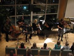 """""""Piazzollaa se olla pitää"""" Opekonsertti Äänekosken kaupungintalon valtuustosalissa 11.11.2009"""