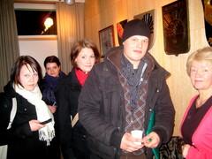 Solistien takahuonetunnelmia onnistuneen Rautavaara -konsertin jälkeen.