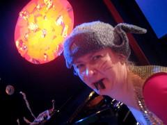 Rakettirotta T. Hämäläinen avaruuskonsertin jälkitunnelmissa 24.4.2010
