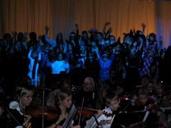 Tunnelma oli katossa musiikkiopiston elokuvamusiikin konsertissa Suolahtisalissa 13.11.2010