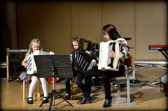 Kenkärokkia Harmonikkareppuryhmän tahtiin 27.4.2013