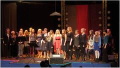 """""""On elämä laulu"""" -konsertin säkenöivät esiintyjät parrasvaloissa 16.2.2014"""