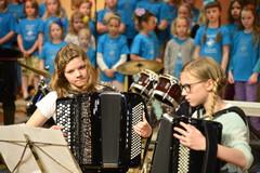 Harmonikkavirtuoosit vauhdissa Reppu Rulez 3 -konsertissa Suolahtisalissa 26.4.2014