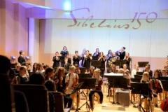 """Sibeliuksen juhlavuoden """"Jo joutuu ilta"""" -konsertin avausfanfaari V sinfoniaa mukaillen 8.12.2015"""