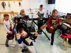 Yeah! Bändimeininkiä Kemulassa keväällä 2016