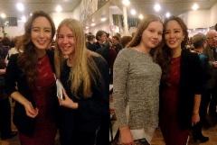 Huilistit vierailivat  Jyväskylä Sinfonian konsertissa 26.10.2016. Liljan (oik.) ja Linnean kanssa poseeraa illan huiluvirtuoosi Jasmine Choi!