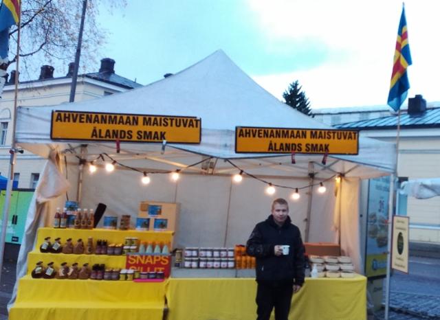 mikkelin_mikkomarkkinat_13.-14.10.2020_-_alands_smak-ahvenanmaan_maistuvat_-_tuomo_-_tervetuloa_markkinoille