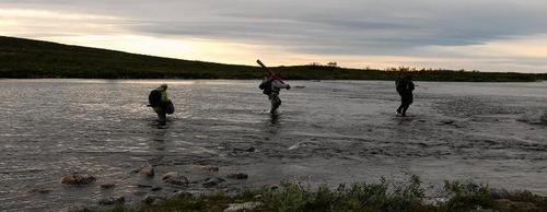 fly_fishing_guide_in_finnmark.jpg