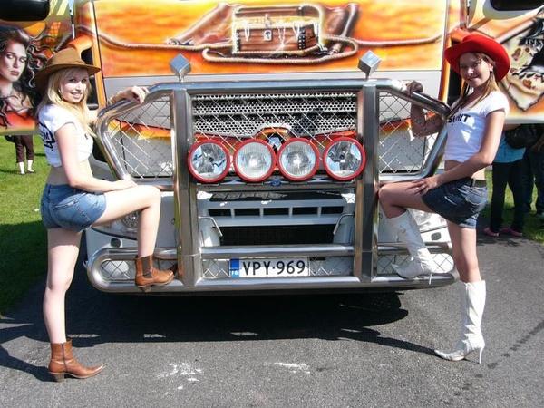 Miss Power Truck 2009 -rekkamissit messuilla