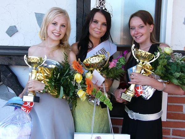 Miss Power Truck 2009 -rekkamissit messuilla