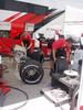 Bridgestonen F1 rengastiimi työssään