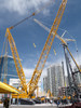 Las Vegasin messukeskuksessa rakennusnosturit kohosivat korkeuksiin yhdessä jättikokoisten hotellien kanssa