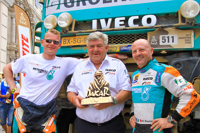 The Petronas De Rooy Iveco team voitti Dakar 2012:n, kuljettajana hollantilainen Gerard De Rooy ja autona Iveco Powerstar
