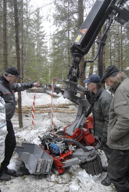Log Max 5000D -koura sai kehuja ammattimiehiltä - Log Max  valmisti viime vuonna yli 350 harvesteripäätä