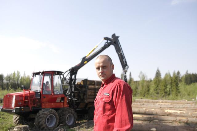 Komatsu Forestin Lounais-Suomen piiripäällikkö Jiri Järventausta