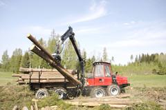 CRF 8.1 kuormain tarjoaa voimaa ja ulottuvuutta 7,8 metriä sekä työskentelyn tarkkuutta