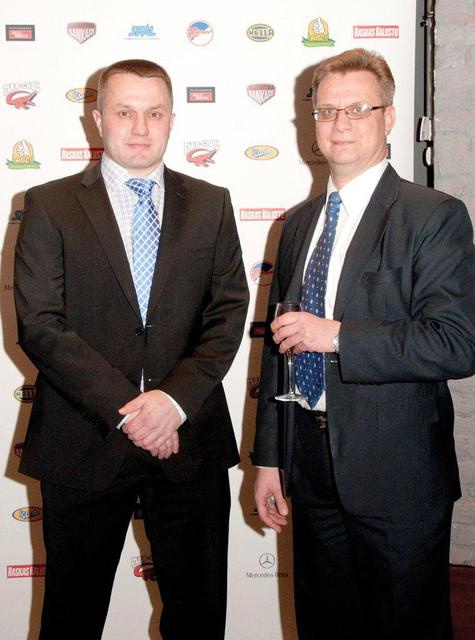 Ammattina Sankari 2014 Gaalailta - - On kunnia olla mukana näin tärkeässä kampanjassa, sanoivat Örum Oy:n Antti Norva (vas.) ja Jari Vaaramaa.