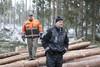 Uuden Komatsu 845 kuormatraktorin esittely Uumajassa 23.-24.1.2014 suomalaisille urakoitsijoille
