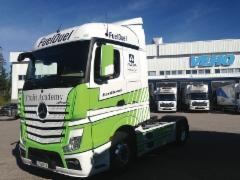 Ammattilehden Mediarekkaa lähti Härmään vetämään näyttävä Mercedes-Benz Actros FuelDuel - tule tutustumaan autoon Ammattilehden osastolle U398