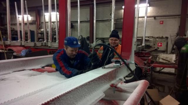 Alpo ja Antti lappi tuplaavat etukiinnikkeitten keston.