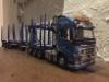 Tässä Koskisen Santun tekemä Volvoyhdistelmän pienoismalli -  katso tarkat yksityiskohdat alkuperäisestä kuvasta suurentamalla. Fantastinen tuotetoteutus.