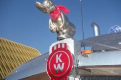 Kenworthin kromikeulan räyhäkäs ankka Pariisin Intermat näyttelyssä