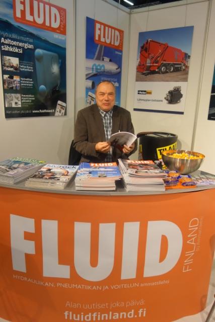 Teollisuuspatruuna Antero Parma, AVS Yhtiöt, tulenjohtopaikalla Fluid Finlandin osastolla Teknologia´15 messuilla