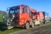 Itävaltaaisessa autohakkurissa kaikki samassa paketissa: hakkuri, ylisuurten puiden halkoja ja hakeperävaunu
