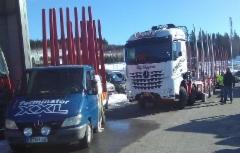 Mercedeksen nelikko 2+2 mallina on ottanut nopeasti markkinaosuutta vaativassa puutavarasegmentissä.