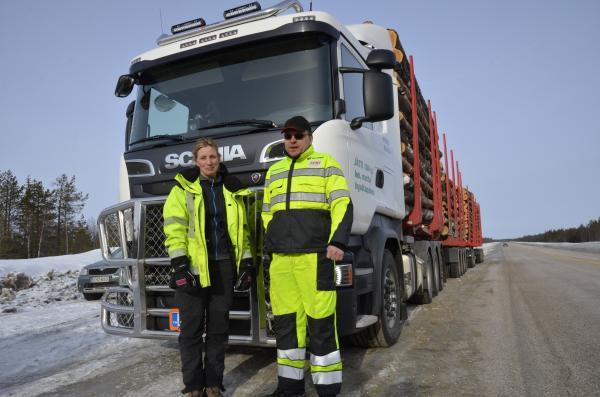 Johanna Funck ja Aki Suoraniemi ovat tyytyväisiä yhdistelmään.
