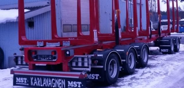 MST vaunuja suoraan varastosta Riikoselta.