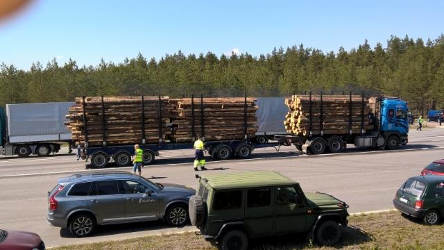 Liikenneturvallisuustutkimukset Alastarolla 25.5.2016. Hengessä mukana Liikenneturva.ro