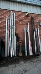 Hyrynsalmella on sataluokan vaihtopankkovarasto alumiinipankkoja. - Vaihtuu ja täydentyy.