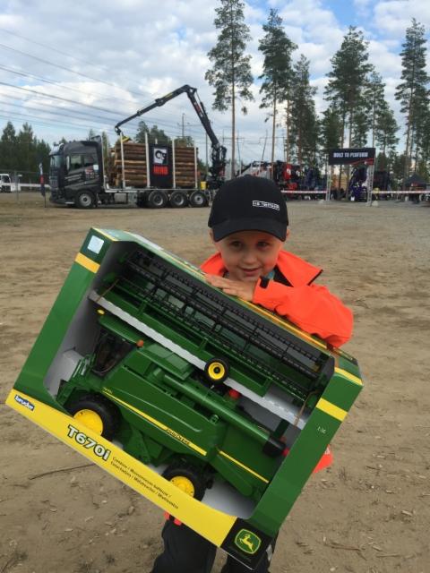 Nyberg Jr ja Deeren puimuri - FinnMetko 2016