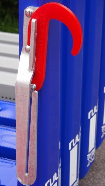Vahvistettu 10 mm puikkari on kuumasinkitty ruostumattomaksi.