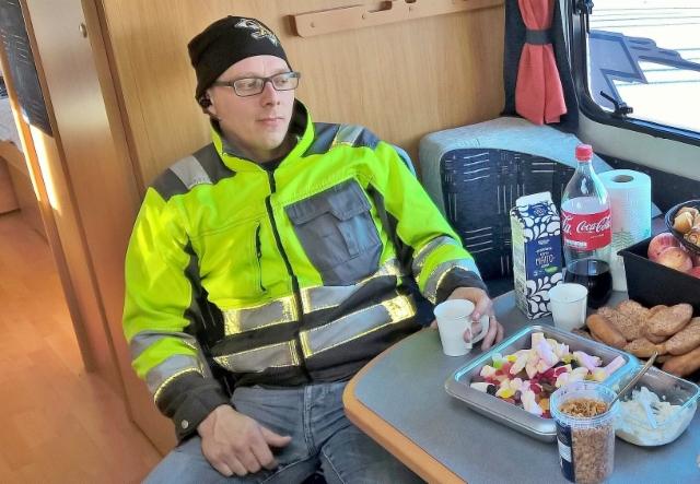 Terminator vaunussa on laajennettu makkara-/ kahvitarjoilu, tervetuloa.