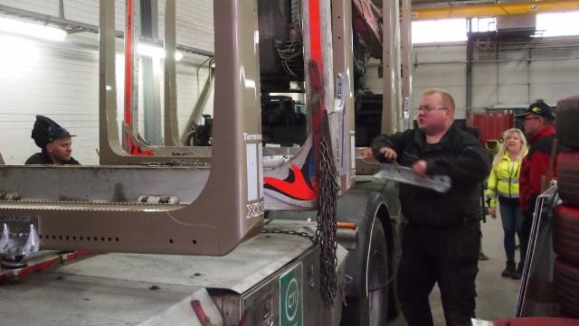 Matti Heiman otti vastuun Weckmanin vaunutuotannosta - ja asiakasmyönteinen kehitystyö jatkuu nyt kulmen huippuammattitaitoisen ammattimiehen yhteistyönä.