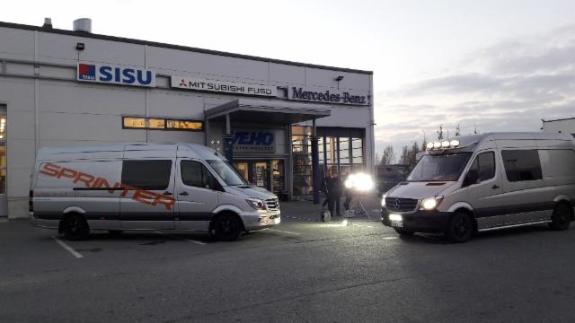 Hella Valovoimakiertue 2016 - Pori 20.10. Veho - arvonnassa Hella-valot voitti Jaana Nyholm