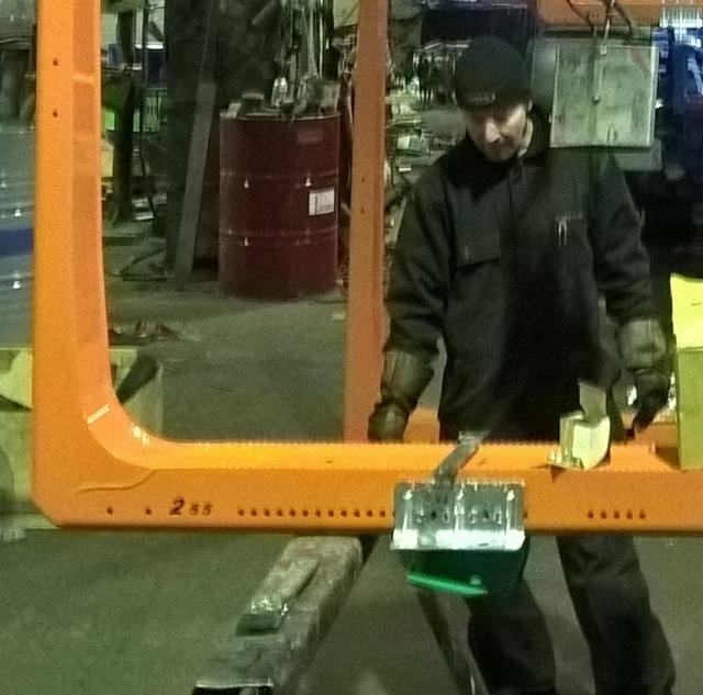 Tuplalujitetut Terminator kiinnikkeet ovat ammattimiehille helpot ja nopeat asentaa.