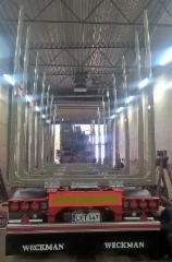Perävaunun kuormatila on suuri ja liikenneturvallinen. 7.4 m3 (kehyskuutiota ) ja liukuesteet sekä etupankon tuplakiinnitys.