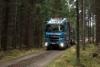 Metsäkuljetus Kranni Oy luottaa puunajossa ja John Deere metsäkoneiden kuljetuksessa suomalaiseen Sisuun