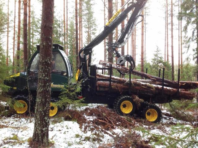 Entracon metsäkoneet on tehokas vaihtoehto harvennuksille ja pehmeille maille www.hstekniikka.com