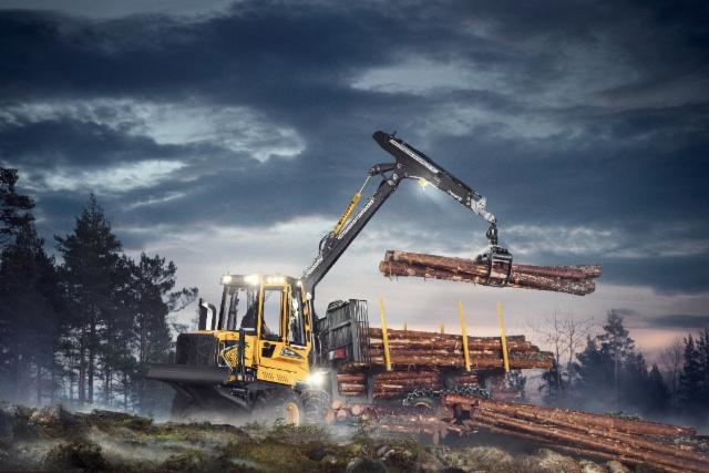 Eco Log esittelee tammikuussa 2017 uudet E-sarjan kuormatraktorit