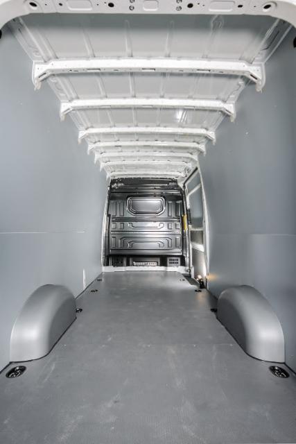 Ammattilehti Koeajaa: Volkswagen Crafter 2,0 TDI 35 103 kW L2H2