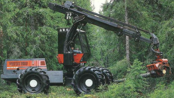 Valmet 901 harvesteri vuonna 1984 (kuva Komatsu Forest)